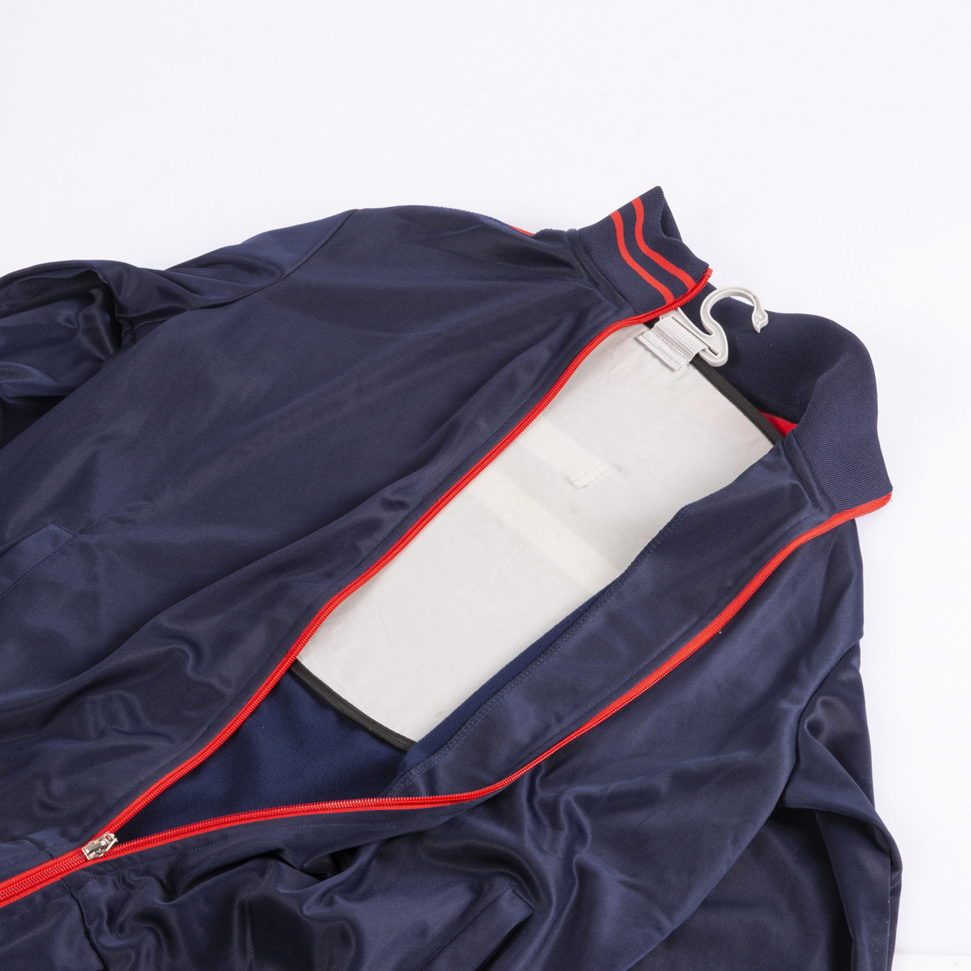 Cintre pliant pour empêcher les plis avec housse de voyage, , large